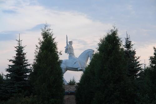 Памятник кавалеристам в Одоеве