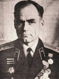 Зерцалов Павел Геннадьевич, 1923, п/полковник, ВНИИ д.18, кв.22