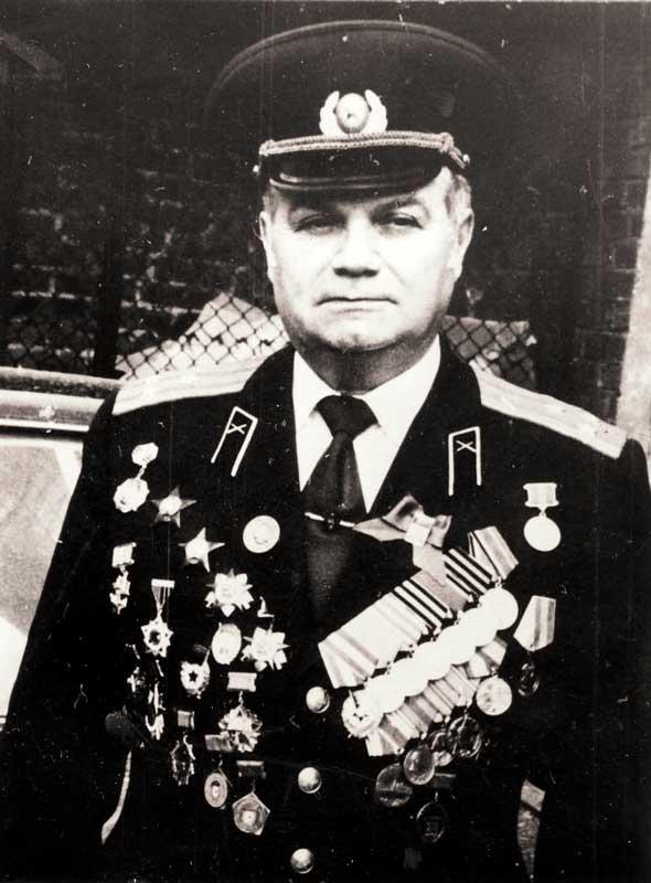 Катунский М.М. - ком-р батареи 35 осбр 20А
