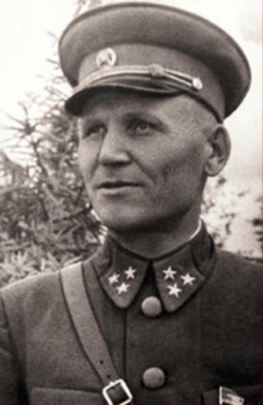 Конев Иван Степанович -командующий Калининским фронтом.