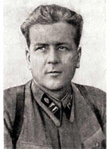 Лобачев А.Г. - ст.батальонный комиссар 331сд