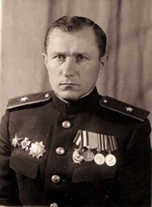 Нач-к разведки армии - майор Н.С. Солодовник