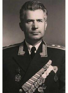 Спиридонов Семён Лаврович, ком-р сводной группы 250-го зен.арт.полка