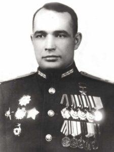 Епанчин Александр Дмитриевич - командир 2 осб 29 осбр 1 уд