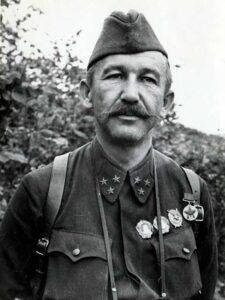 Белов П.А. - ком-р 1-го гв. кавалерийского корпуса