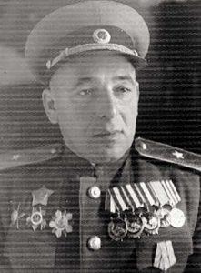 Рабинович Леонид Юдильевич - подполковник, нач-к штаба 31 тбр