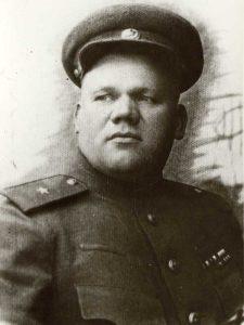 Кабичкин Иван Петрович - член военсовета, бригадный комиссар 2 мсд