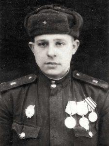 Гулевых Василий Петрович, 25.08.1925-15.01.2019, рядовой, Панфилова, 1