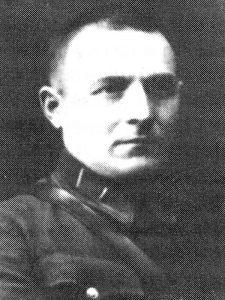 Попов Владимир Сергеевич - командир 641 гап 133 сд