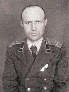 Юшкин Николай Васильевич, 1920, ст.лейтенант, 1-й Центральный пер., 19