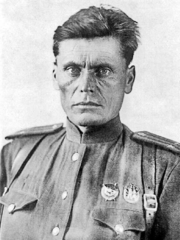 Бессмертный Леонтий Иванович - нач-к 1-го (оперативного) отд. штаба 50 осбр