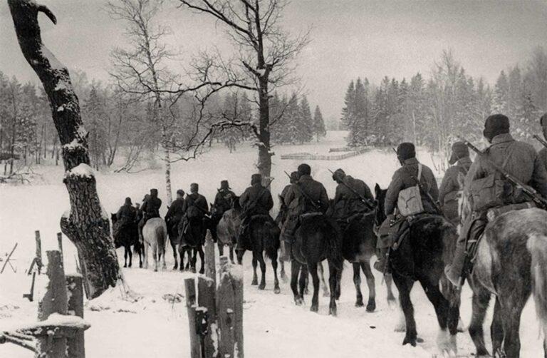 Корпус Белова в походе