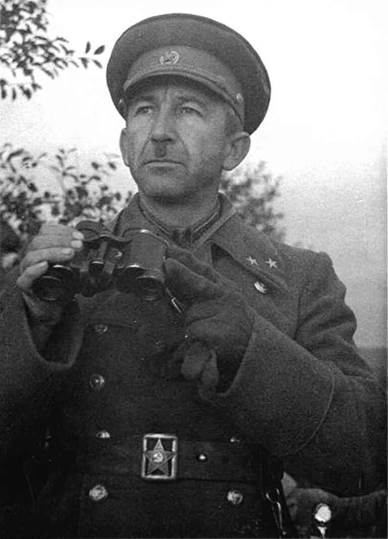 Павел Алексеевич Белов. 1 октября 1941