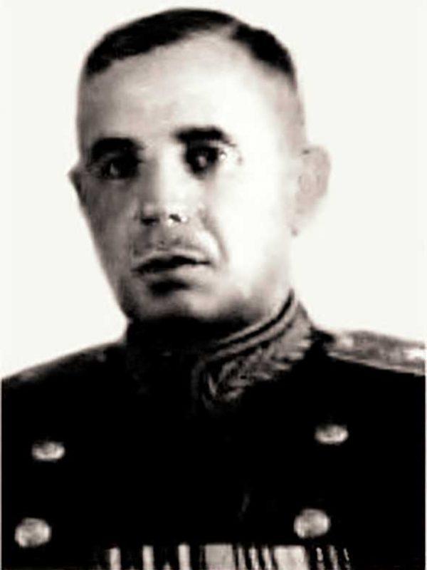 Гайдуков В.А., командир 17-й кд