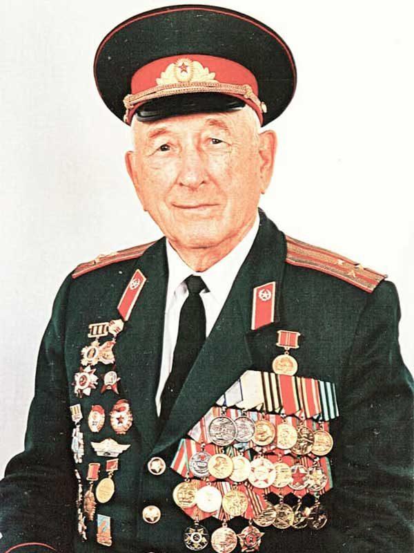 Егоров Алексей Васильевич, 03.09.1925, полковник,ВНИИ д.3, кв.25