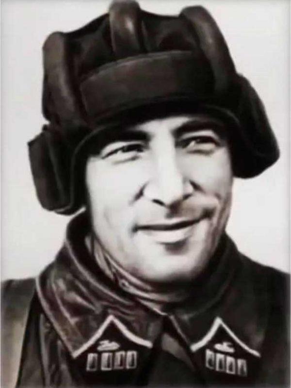 Катуков М.Е., командир 1 гв.тб