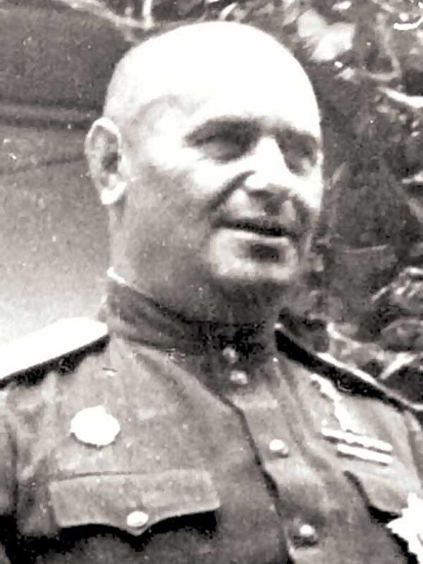 Кравченко А.Г. - командир 31 тбр (до 10.01.42)