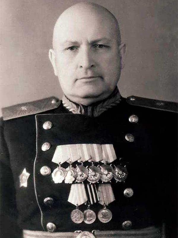 Латышев Г.А. - командир 55 осбр