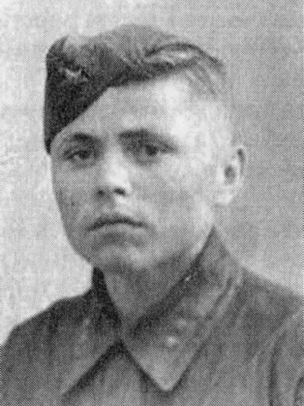 Рогожин Алексей Николаевич - военфельдшер 50 осбр