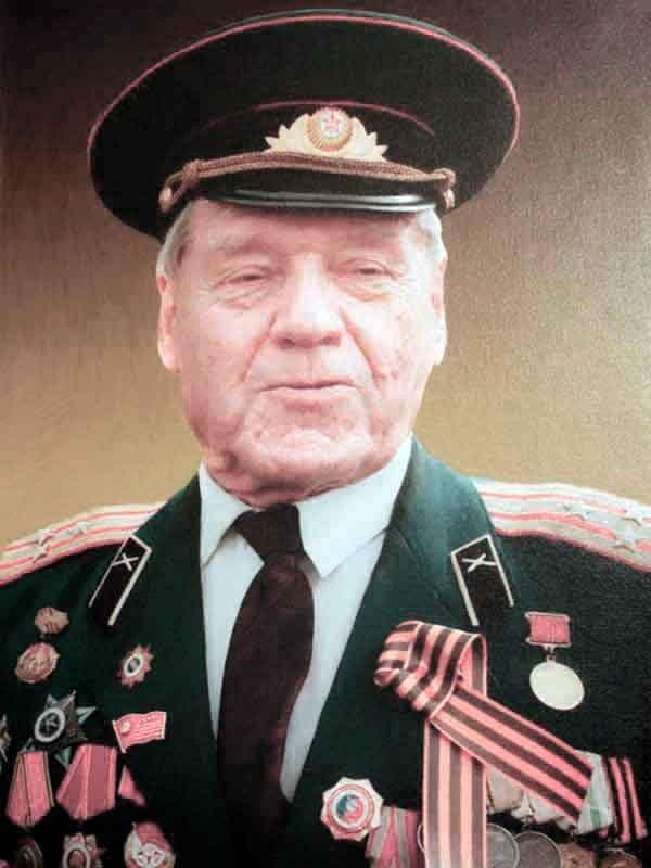 Себежко Виктор Тимофеевич, 1925, полковник,ВНИИ д.18 кв.46