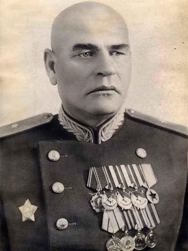 Суслин Дмитрий Иванович – генерал-майор инж.войск