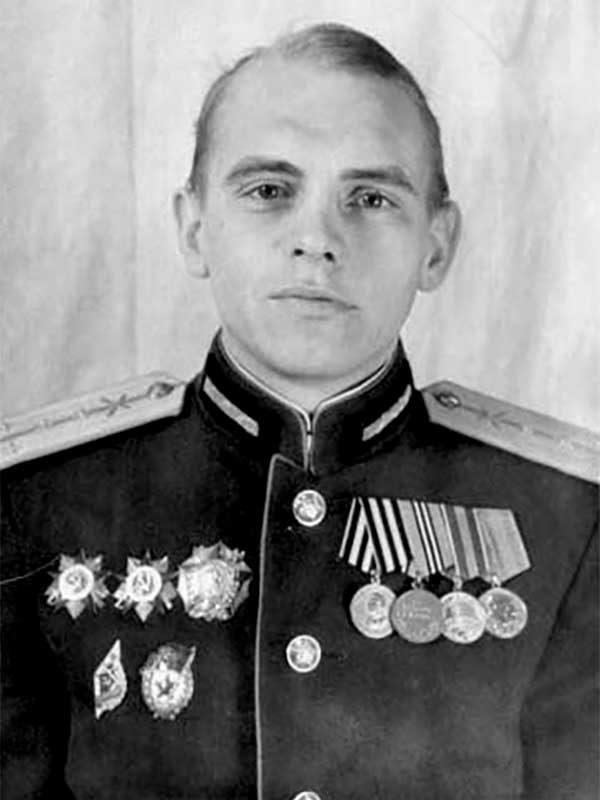Умблия Александр Александрович, 1923, подполковник,Садовый пер., д.9