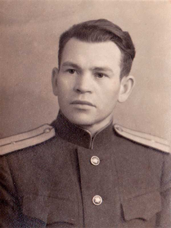 Чикмарёв Иван Пантелеевич, 1915-1999, мл.лейтенант,Центральная, 5