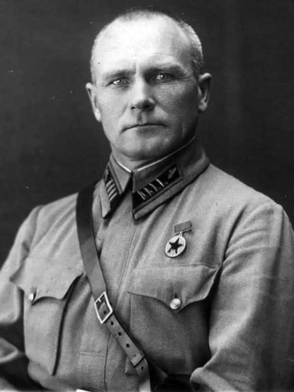 Котляров Александр Андреевич - командир 58-й танковой дивизии