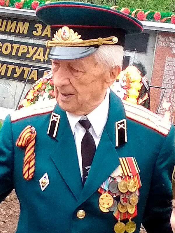 Меньшиков Петр Иванович, 06.01.1927, ВНИИ д.12, кв.11