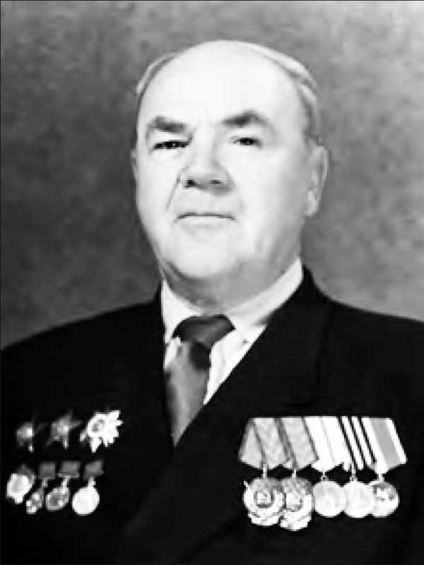 Елсуков Михаил Петрович – директор (1945-1952, 1953-1959)ВНИИ кормов